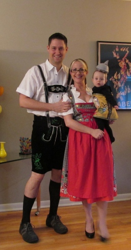 Halloween German Beer Family