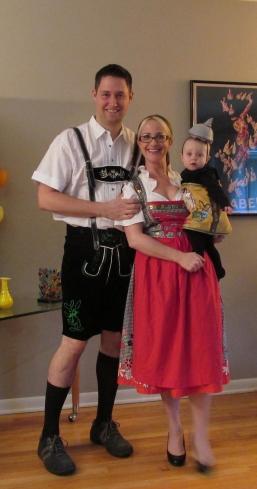 Halloween German Beer Family